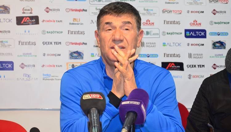 Giray Bulak Erzurumspor galibiyetini savunmaya bağladı