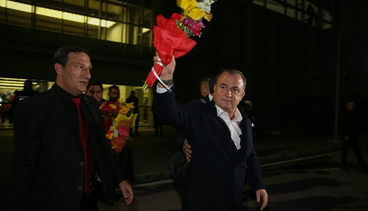 İzmir'de Galatasaray ve Fatih Terim'e sevgi seli