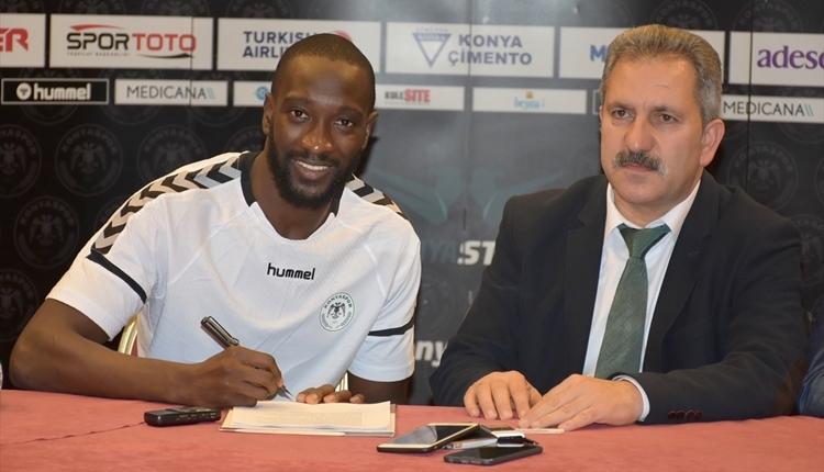 Konyaspor'dan Mustapha Yatabare için imza töreni! 'Zoru severim'