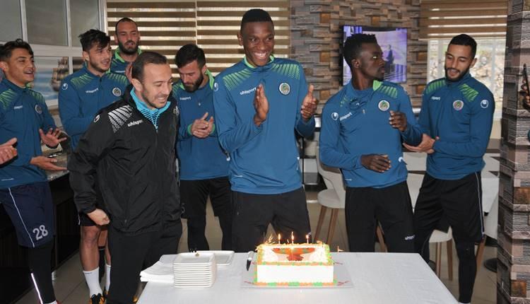 Mamadou Fofana'ya sürpriz doğum günü