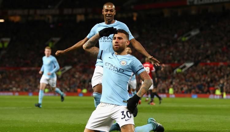 Manchester City yıldız oyuncu ile sözleşme yeniledi