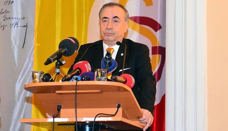 Galatasaray taraftarından Yellow Friday kampanyası! Mustafa Cengiz'e destek