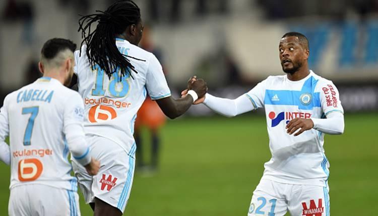 Patrice Evra'nın transferine Gomis kefil oldu!
