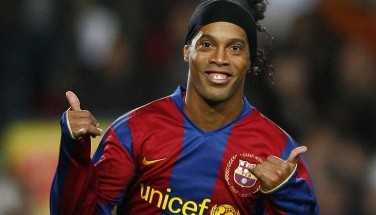 Ronaldinho futbolu bıraktı! Menajeri resmen açıkladı
