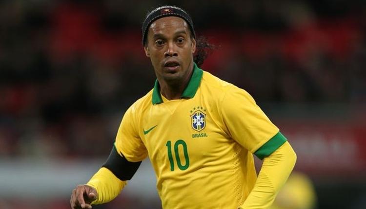 Ronaldinho'ya veda mesajı yağdı!