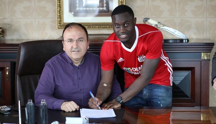 Sivasspor yeni transfer Henri Saivet ile sözleşme imzaladı