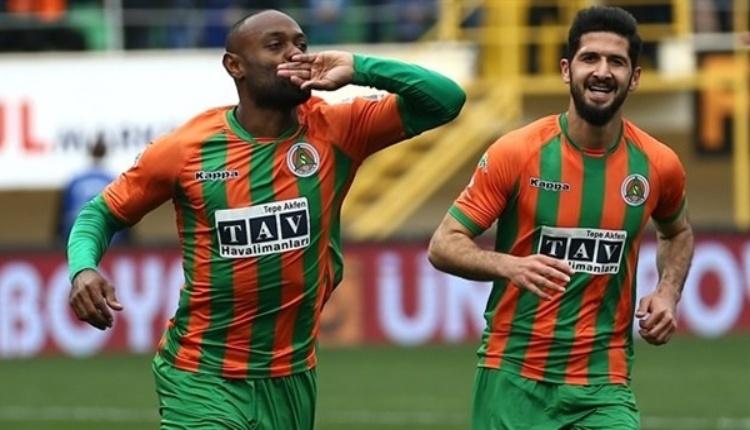 Vagner Love Beşiktaş'ta