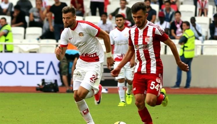 Antalyaspor - Sivasspor maçının saati değişti