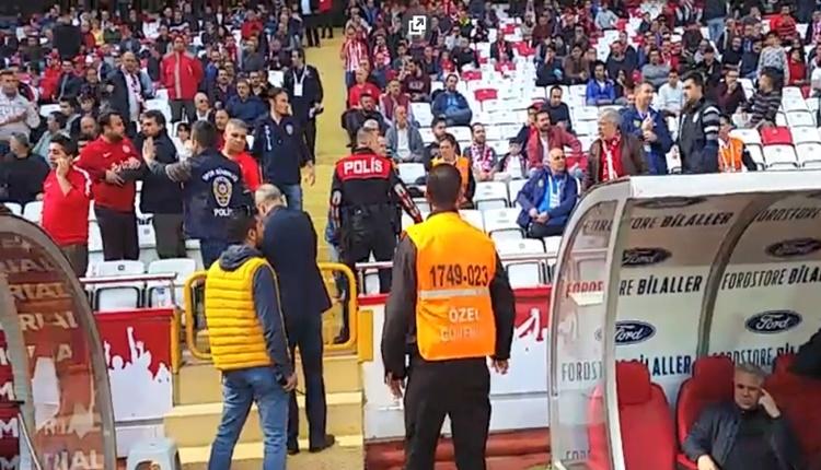 Antalyasporlu taraftarla Sumudica arasındaki gerginlik