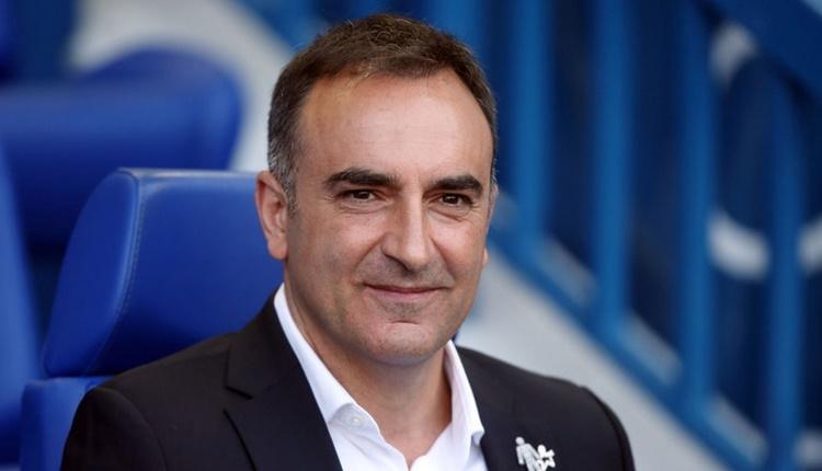 Carlos Carvalhal, Swansea City'i yukarı taşıyor