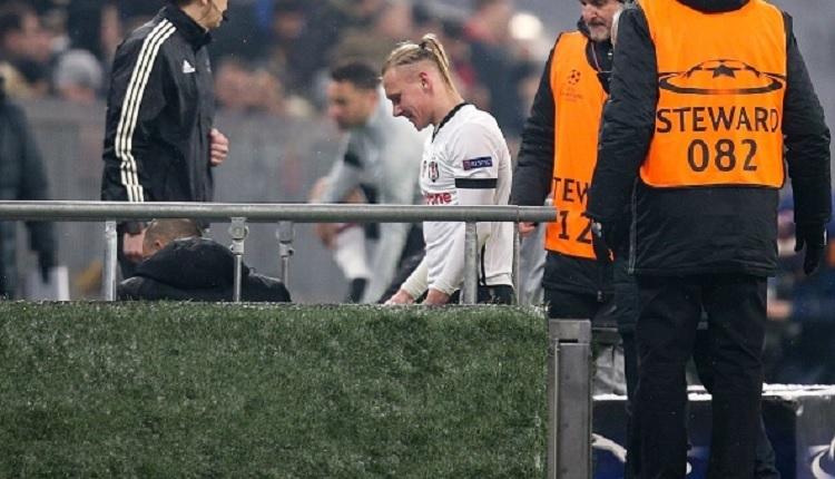 Domagoj Vida gözyaşlarına engel olamadı