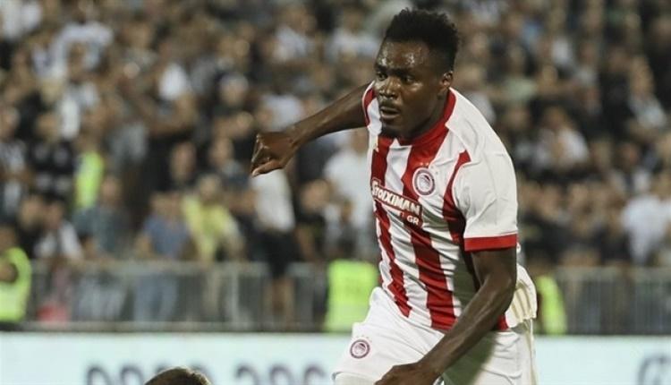 Emmanuel Emenike, Las Palmas'a transfer oldu