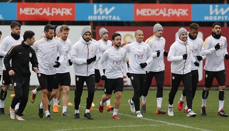 Galatasaray, Akhisarspor deplasmanına tam kadro gitti
