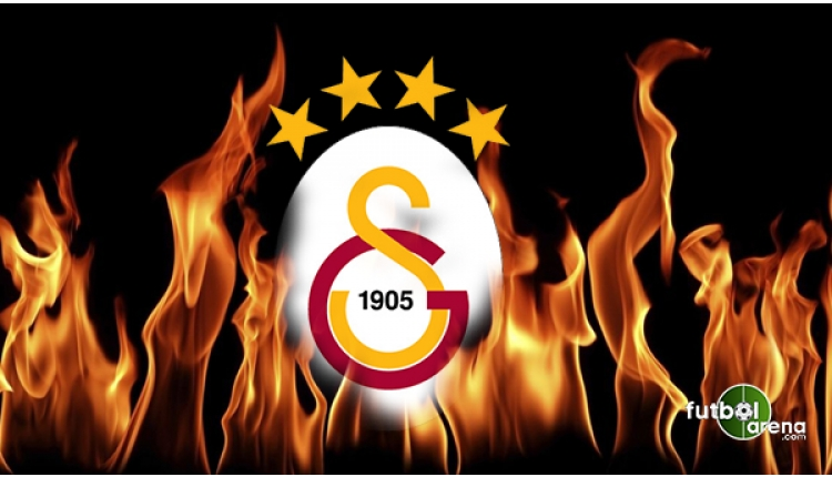 Galatasaray'da Ural Aküzüm'ün başkan olduğu Taçspor'un sarı lacivert renkleri sarı kırmızı oldu