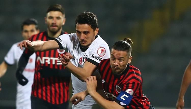 Mustafa Pektemek'in golünde faul var mı? Ümit Özat çıldırdı