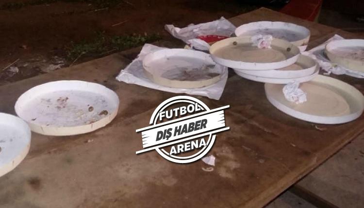 Portuguesa taraftarları futbolcuların pizzalarını yedi
