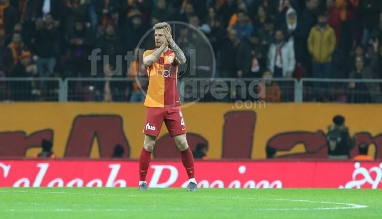 Serdar Aziz Bursaspor'a attığı golde sevinmedi ve ilki yaşadı