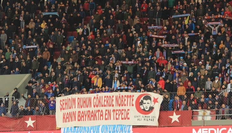 Trabzonsporlu taraftarlar Yusuf Yazıcı'yı ıslıkladı!