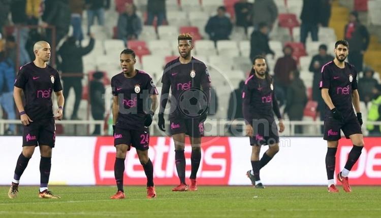 UltrAslan'dan Galatasaray'a tam destek! Gece yarısı karşılama