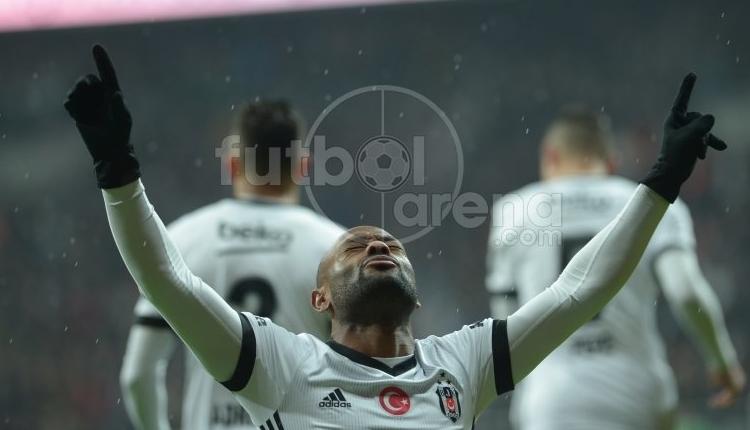 Vagner Love'un Beşiktaş'taki ilk golü ofsayt mı? Piero açıkladı
