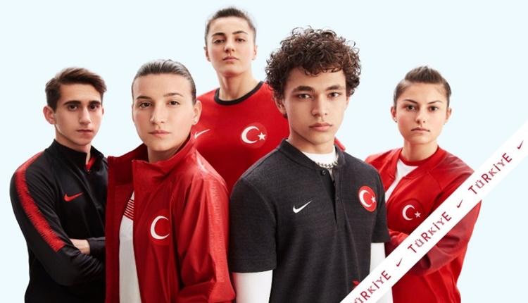 A Milli Futbol Takımı'nın yeni formaları