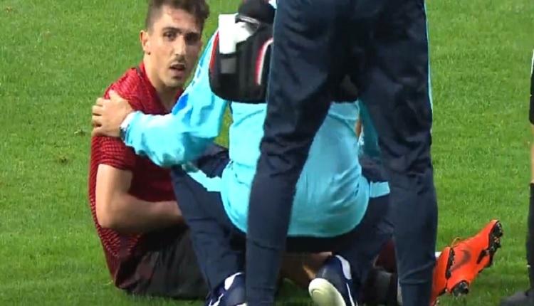 Abdülkadir Ömür milli maçta sakatlandı! (Türkiye - İsveç U21)