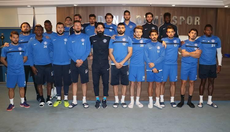 Adana Demirspor'da boykot! Futbolcular idmana çıkmıyor