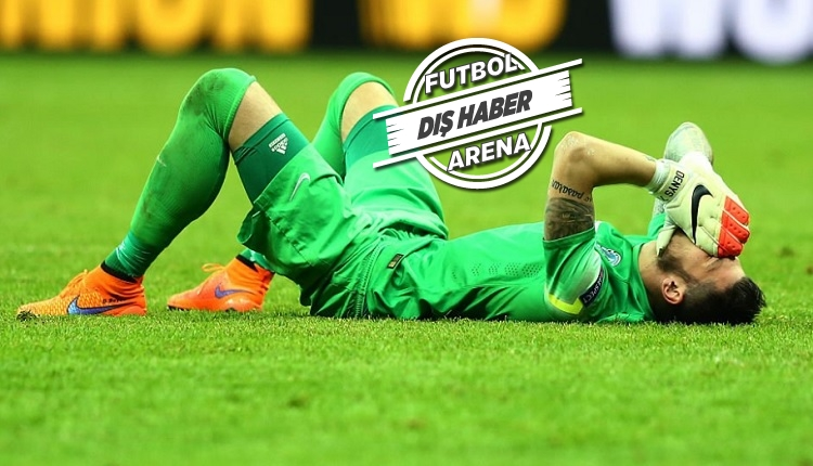 Denys Boyko'dan Dinamo Kiev - Lazio maçında inanılmaz hata! (İZLE)