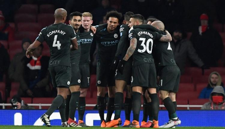 Manchester City'e 15 puan yetiyor