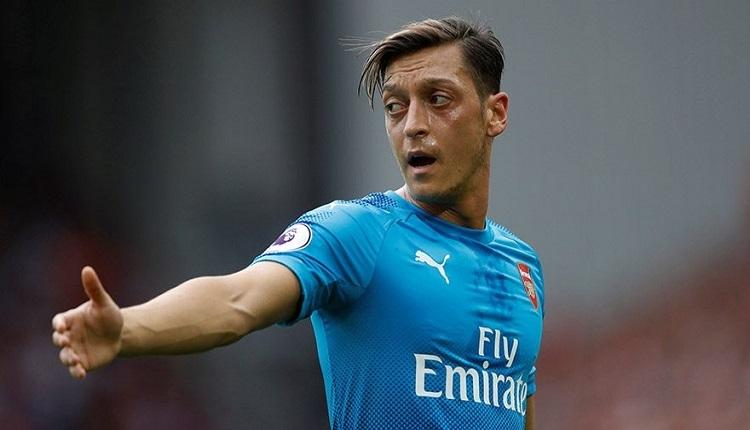 Mesut Özil Milan - Arsenal maçında şov yaptı