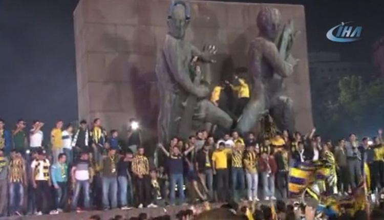 Ankaragücü taraftarının Süper Lig coşkusu! Başkent bayram yerine döndü