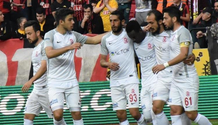 Balıkesirspor'da futbolcuların idmana çıkmama sebebini başkan Remzi Boncuk açıkladı