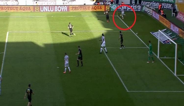 Başakşehir'de Visca'nın Akhisar'a golünde büyük tartışma