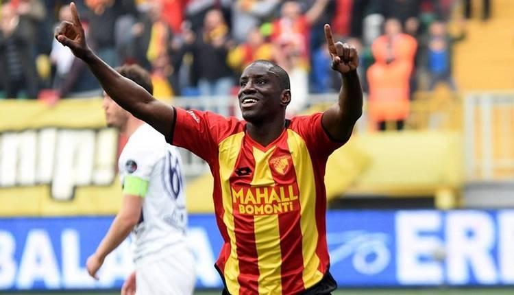 Beşiktaş Demba Ba'yı transfer edecek mi?