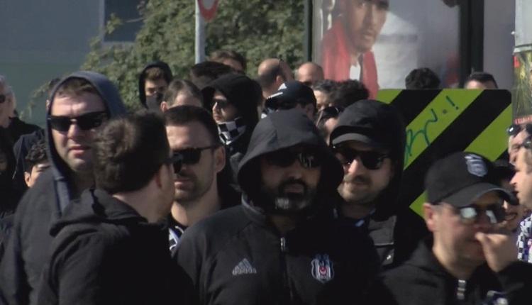 Beşiktaşlı taraftarlar 30 otobüsle Kadıköy'e gitti