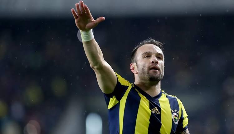 Fenerbahçe transfer haberleri: Mathieu Valbuena satılacak mı? Teklif var (FB Valbuena gidiyor mu?)