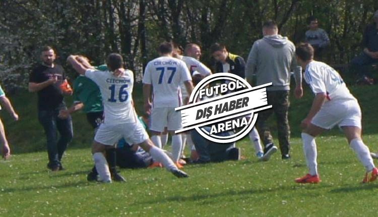 Futbolcunun boğazını kesmeye çalışan taraftar! Polonya'da futbol terörü