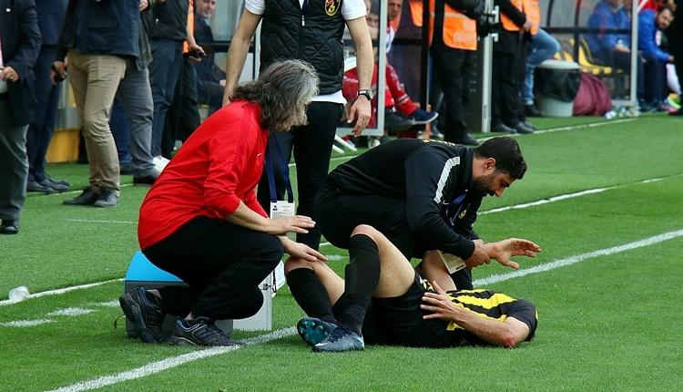 İstanbulspor - Çaykur Rizespor maçı karıştı! Hakemin üstüne yürüdü