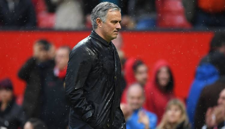 Jose Mourinho'dan transfer açıklaması! 'Çılgınlık yok'