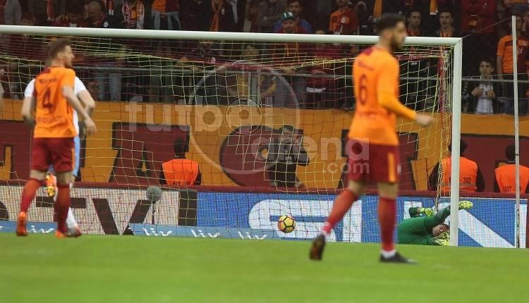 Juraj Kucka'nın Galatasaray'a ortasahadan attığı gol (İZLE)