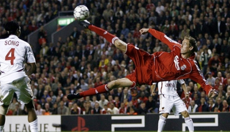 Peter Crouch'tan Galatasaray ve Cristiano Ronaldo'ya gönderme