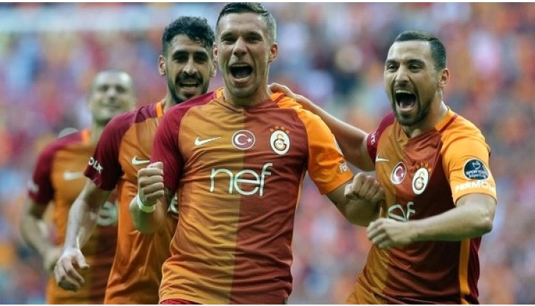 Podolski'den Galatasaray-Beşiktaş derbi paylaşımı