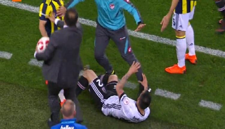 Valbuena ile Gary Medel birbirlerine girdiler! (FB - BJK Türkiye Kupası)