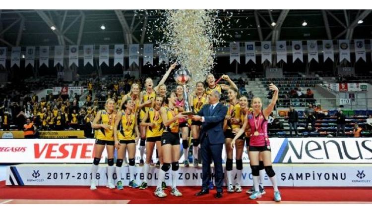 Voleybol Kadınlar Ligi'nde Vakıfbank Şampiyon