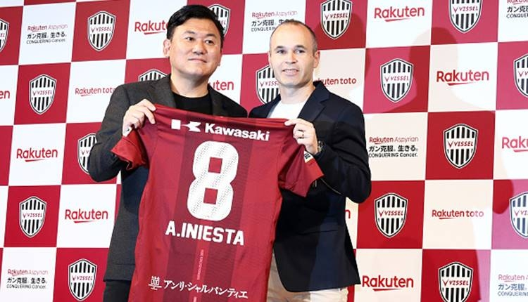 Andres İniesta resmen Vissel Kobe'de! Podolski'nin takımı...