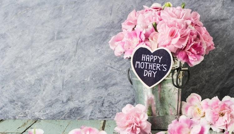 Anneler Günü 2018 kutlama mesajları, Anneler Günü en güzel resimli mesajlar (Bugün Anneler günü mü? Futbolcuların Anneler Günü mesajları)