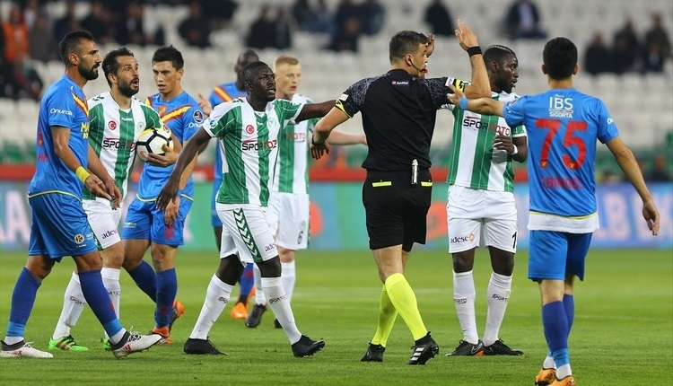 Atiker Konyaspor 1-1 Göztepe maç özeti ve golleri izle