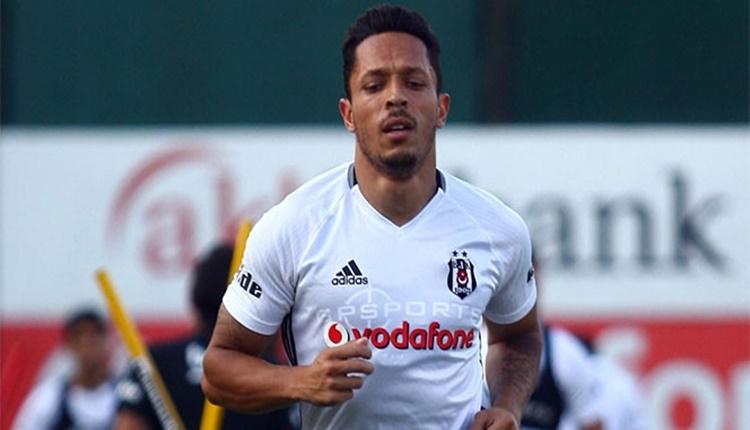 BJK Transfer: Beşiktaş'ta Adriano'ya Çin'den transfer teklifi iddiası (Adriano'nun performansı)