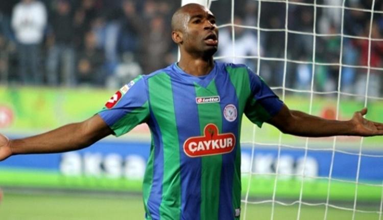Çaykur Rizespor'da Leonard Kweuke ve Samudio transferlerinde son durum