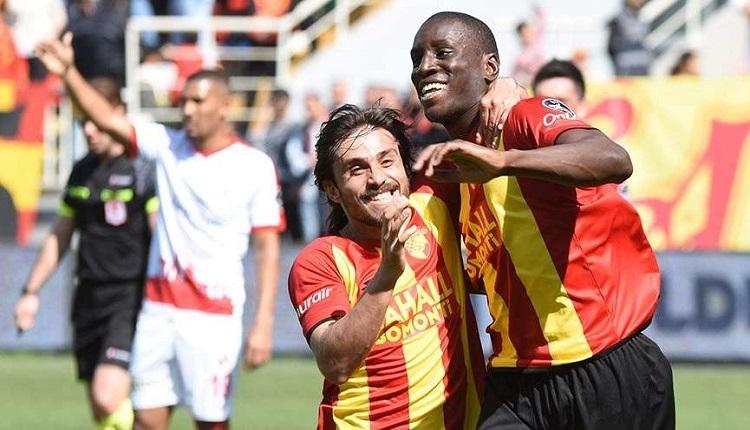 Göztepe'de iki futbolcu Galatasaray maçında cezalı